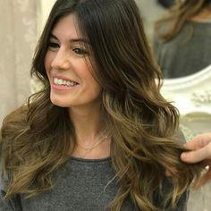 Cambios de color que generan sonrisas así de bonitas💕💕💕  Gracias Marta por confiar en @evapellejero #peluqueria #zaragozaisstyle #ondas