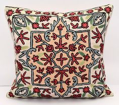 This item is fully hand embroidered with wool threads cushion cover. A gorgeous decoration for your home interior ! Add oriental atmosphere in to your