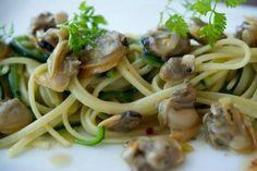 Linguine Clams- Manila clams, zucchini, white wine sauce