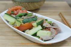 Stir fried Beef with Cucumber and Tomato Recipe (Bò Xào Dưa Leo với Cà Chua) from http://www.vietnamesefood.com.vn/vietnamese-recipes/easy-vietnamese-recipes/stir-fried-beef-with-cucumber-and-tomato-recipe-bo-xao-dua-leo-voi-ca-chua.html