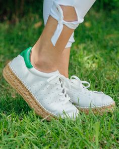 We are in love with the espadrille detail on Steve Madden's Pace Platform Sneaker! Which color combination are you loving most?