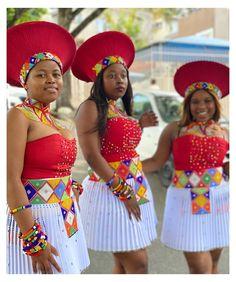 Zulu Traditional Wedding Dresses, Zulu Traditional Attire, South African Traditional Dresses, Traditional Outfits, Traditional Weddings, African Bridesmaid Dresses, African Wedding Attire, African Attire, African Dress