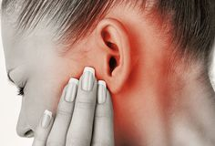 6 Effective Home Remedies To Treat Ear Drainage , Is the buildup of ear wax an issue you may't appear to shake off? Need to understand how you may drain your ears and get that annoying ear wax out? Dry Skin Remedies, Home Remedies, Ear Drainage, Ear Wax Buildup, Anxiety Disorder Treatment, Ear Infection Remedy, Ear Sound, Lotion Tonique, Middle Ear
