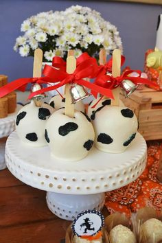 A Fun little farm party ideas. Amazing dessert table ideas and supplies perfect for baby shower or birthday party. Cow Birthday Parties, Birthday Party Desserts, Wild One Birthday Party, Birthday Party Centerpieces, Farm Party Decorations, Baptism Centerpieces, Farm Animal Party, Farm Animal Birthday, Farm Birthday