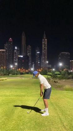 "Playing golf at night in Dubai, one more thing on the bucket list. Emirates Golf Club, ""Faldo"" course. Golf 4, Play Golf, Golf Swing Takeaway, Slow Motion Golf Swing, Emirates Golf Club, Dubai Video, Dubai Golf, Golf Stance, Golf Club Head Covers"