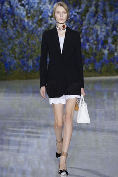 Christian Dior Spring 2016 Ready-to-Wear Fashion Show - Sofia Mechetner.  love the jacket!