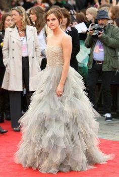 Emma Watson red carpet look