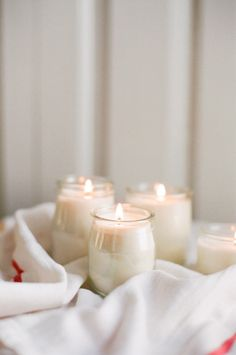 DIY: candles in french yogurt jars
