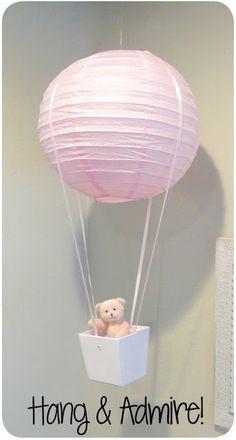 DIY :: PAPER LANTERN HOT AIR BALLOON ( http://smartschoolhouse.com/crafts-and-diy/diy-hot-air-balloon )