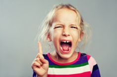 3 secret ways to diffuse a tantrum in public