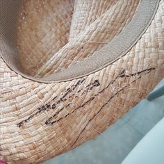 That's my hat!  Thank you Kenny for the autograph...I'm giving it to my niece in a shadow box with our tickets and photos for her HS graduation...yours was her 1st Concert!