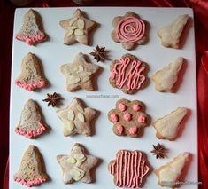 Turta dulce Savori Urbane (3) Christmas Cookies, Food And Drink, Xmas, Sugar, Urban, Desserts, Caramel, Sweet Treats, Yule