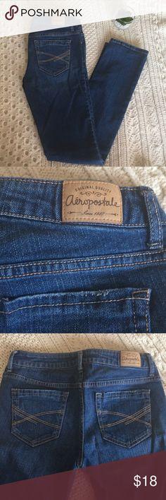 AEROPOSTALE DARK WASH SKINNY JEANS Aeropostale Baylis Skinny Jeans. Dark wash. In excellent condition✨make me an offer✨ Aeropostale Jeans Skinny