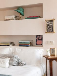 headboard shelves