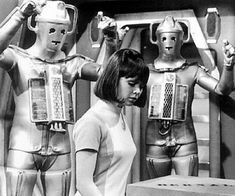 some doctor who thing - cybermen yes! Vintage Robots, Retro Robot, I Robot, Wendy Padbury, Doctor Who Companions, Second Doctor, Pulp, Retro Futuristic, David Tennant