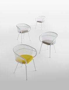 Stuhl aus Aluminium mit Armlehnen STEM 4L - Crassevig                                                                                                                                                                                 Mehr