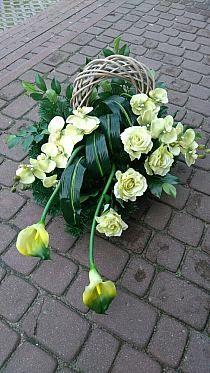 Grave Flowers, Funeral Flowers, Silk Flowers, Flower Drawing Images, Flower Images, Flower Art, Funeral Floral Arrangements, Church Flower Arrangements, Grave Decorations