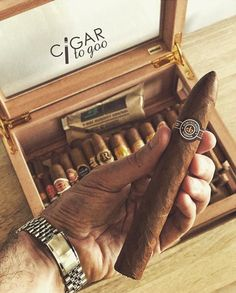 Humidity control is key to tobacco and cigar storage, and Boveda is trusted by tobacco leaders. Shop for travel, desktop, and large humidors for cigars. Cigars And Whiskey, Good Cigars, Cuban Cigars, Smoking Pipes, Cigar Smoking, Cigar Art, Cigar Room, Well Dressed Men, Smokers
