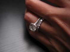 Notice 1 mm spacer ring between the two diamond rings to prevent scratching on the 3 sided pave e-ring