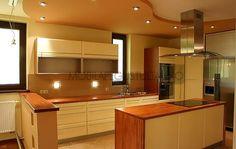 Mobila de bucatarie cu insula la comanda Kitchen Island, Table, Furniture, Home Decor, Island Kitchen, Decoration Home, Room Decor, Tables, Home Furnishings
