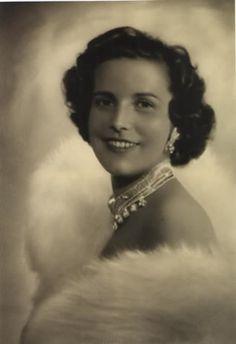LA PRINCESSE LILIAN DE RETHY