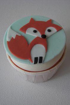 Fox cupcake.