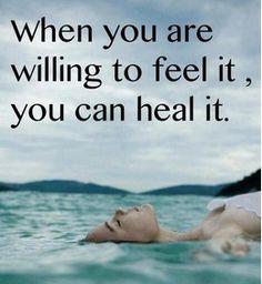 Als je pijn aan durft te kijken en een gastheer of -vrouw leert zijn voor al je gevoelens, word je er minder door beheerst.