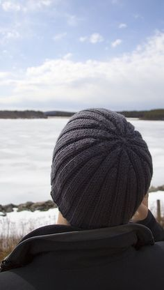 The boy-friend hat.  Or, in my case, the husband hat.  Love it.  Would want it to go with his pea-coat and scarf.