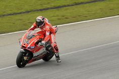 Andrea Dovizioso on his Ducati Desmosedici GP13 during the second Sepang Test