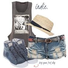 festival clothes;  Great style for festivals this season, love this look.