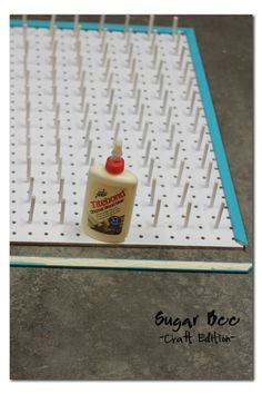 IDEA_ take old candy apple sticks to the peg board Sugar Bee Crafts: sewing, recipes, crafts, photo tips, and more! Thread Storage, Sewing Room Storage, Sewing Room Organization, My Sewing Room, Craft Room Storage, Sewing Rooms, Craft Rooms, Sewing Room Design, Craft Room Design