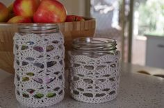 crocheted jar cosie: link to handmade and home for free pattern.