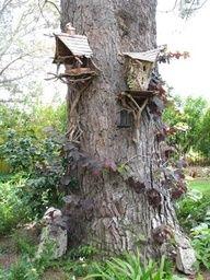 Fairy tree houses – Fairy tree – Miniature fairy gardens – Fairy houses – Fairy garden diy – F - Modern Fairy Tree Houses, Fairy Garden Houses, Fairies Garden, Fairy Furniture, Ideias Diy, Fairy Doors, Miniature Fairy Gardens, Outdoor, House Ideas
