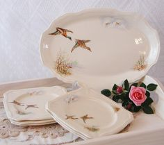 Hey, I found this really awesome Etsy listing at https://www.etsy.com/listing/166490231/alfred-meakin-flying-duck-set-of