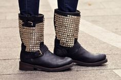 Moda de la Mode: Studded Boots