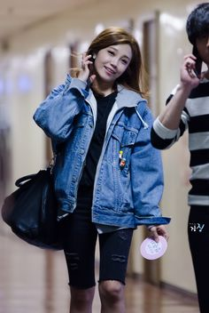 I seriously want a bulky denim jacket like this but it feels like I would look retarded