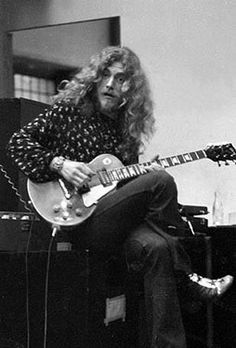 Robert Plant with a Les Paul and a beard