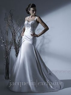Figure flattering dress with keyhole open back Wedding Dress - 19918