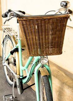 Women's mint green bike!