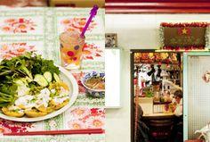「ここはどこ!?」とカオスな東南アジアの下町を彷彿とさせる、浅草駅地下街にあるベトナム料理店。 Tokyo Restaurant, Rock Pools, Table Settings, Table Decorations, Travel, Food, Home Decor, Natural Pools, Viajes