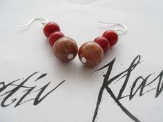 Schöner, Ohrhänger in schlichten Tönen. http://de.dawanda.com/product/35553933-925-Silber-Jaspis-Koralle-Ohrhaenger