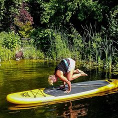Sundays like this seeking stability  First time on the SUP Board and it was real fun.  #yoga #supyoga #yogaonthewater #stability #familytime #funday #kakasana #fitnessblogger #austrianblogger
