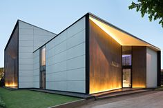 Gallery of Arzuria Gallery / SCDA Architects - 6