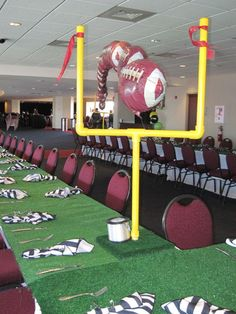 a BIG goal post. I like the scale and the green tables. Football Banquet, Football Awards, Youth Football, Football Homecoming, Banquet Centerpieces, Football Cheerleaders, Cheerleading, Football Baby Shower, Football Crafts