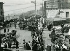 Pike Place Market in 1907