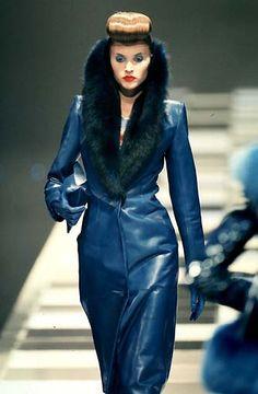 Givenchy by Alexander McQueen: Ready-to-Wear & Haute Couture - Page 2 Alex Mcqueen, Alexander Mcqueen, Fur Fashion, Fashion Shoot, British Fashion Awards, English Fashion, Julien Macdonald, John Galliano, Givenchy