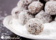 Coconut Protein Balls Recipe on http://ifoodreal.com/workout-snack-coconut-protein-balls-recipe/