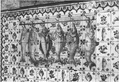 Fish on tiles!  Palácio do Correio-Mor, Loures (Portugal) by Biblioteca de Arte-Fundação Calouste Gulbenkian, via Flickr