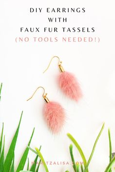 Looking for an Easy DIY Earrings tutorial to make and wear to your next party? Try making these lovely Dangle Earrings with Faux Fur Tassels. No tools needed! easy diy gifts Easy DIY Earrings With Faux Fur Tassels - Maritza Lisa Handmade Gifts For Friends, Handmade Christmas Gifts, Best Friend Gifts, Diy Christmas, Diy Earrings Tutorial, Diy Earrings Easy, Dangle Earrings, Diy Food Gifts, Easy Diy Gifts