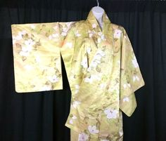 TRADITIONAL Authentic KIMONO - MUST SEE - Japanese Import - Womens Top  FREE P&P